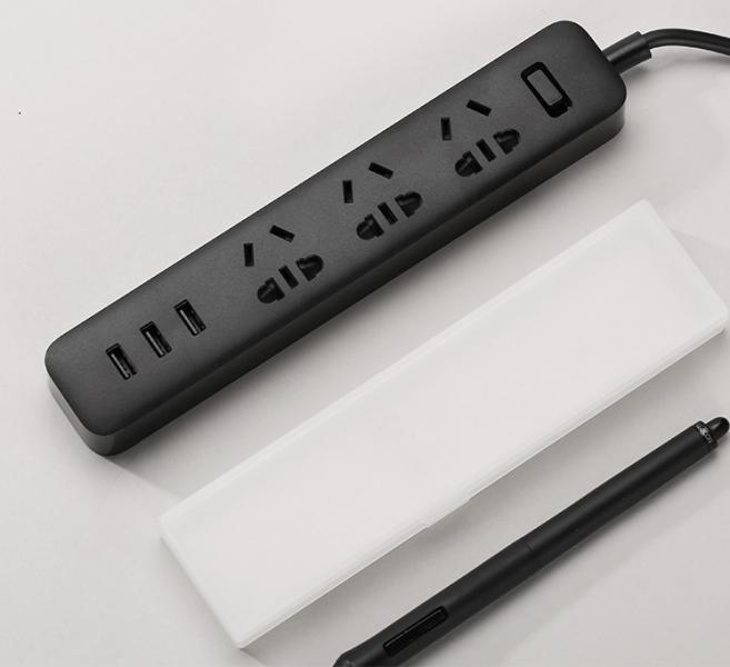 Удлинитель Xiaomi Mi Power Strip 3 розетки и 3 USB порта, черный